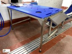 Stainless steel Fish Descaling Table, 1500mm x 990mm, with nylon top (please note there is a lift