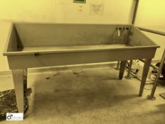 Plastic Washdown Sink, 2030mm x 660mm, on stainles