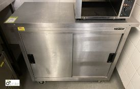 Moffat stainless steel mobile double door Heated Cabinet, 1000mm x 500mm x 850mm, 240volts (