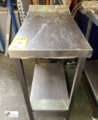 Stainless steel Preparation Side Table, 400mm x 750mm x 910mm, with undershelf and rear lip (