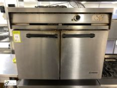 Falcon Dominator MK2 stainless steel double door Oven, gas fired, 900mm wide x 770mm deep x 810mm