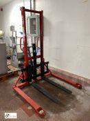 Lift Mate mobile Pallet Stacker, 1000kg capacity,