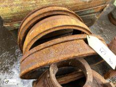 3 cast iron Burners, 400mm diameter (LOCATION: Sussex Street, Sheffield)