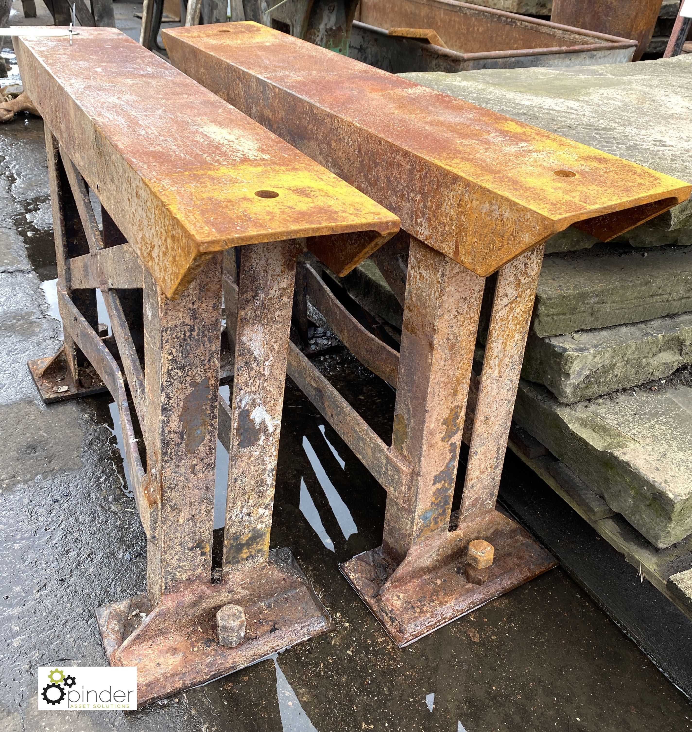 Pair heavy duty cast iron Bench Supports, 960mm x 175mm x 610mm tall (LOCATION: Sussex Street, - Image 2 of 3