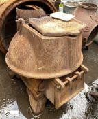 Romesse cast iron Stove, 440mm tall x 400mm diameter (LOCATION: Sussex Street, Sheffield)
