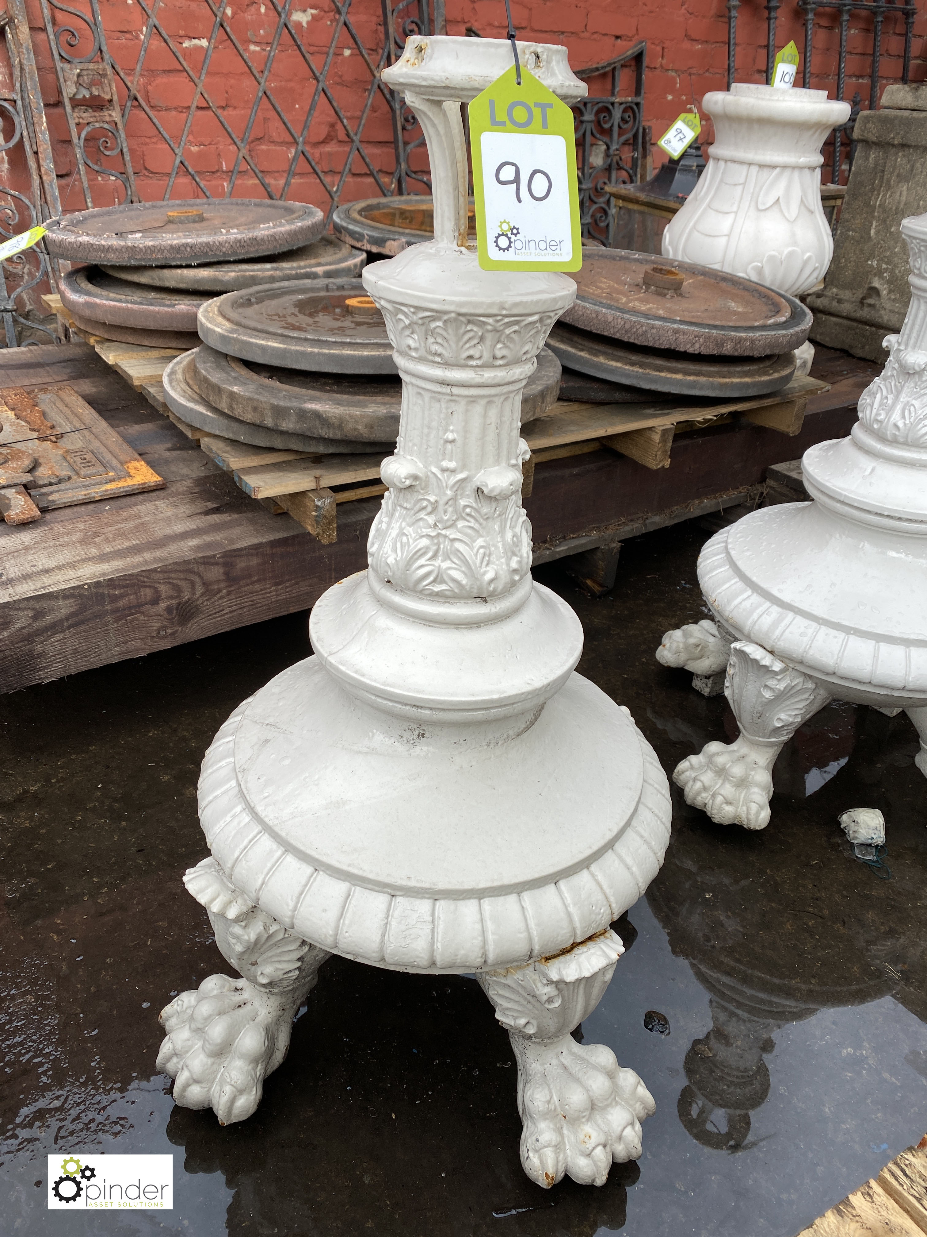Pair Victorian decorative cast iron Lamp Post Bases, on 4 claw feet, 900mm tall (LOCATION: Sussex - Image 2 of 9