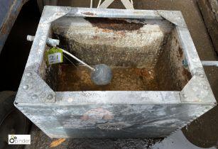 Galvanised Water Tank, 590mm x 435mm x 460mm tall (LOCATION: Sussex Street, Sheffield)