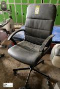 Adjustable swivel office Armchair