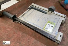 United Office A4 Paper Guillotine