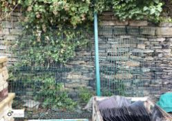 3 Fence Panels, approx. 3030mm x 1900mm and 2 Fence Posts (LOCATION: Station Lane)