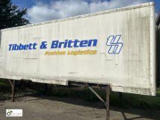 Demountable Box, 7550mm x 2550mm, fleet number ARCB9917, damaged, no roof or door