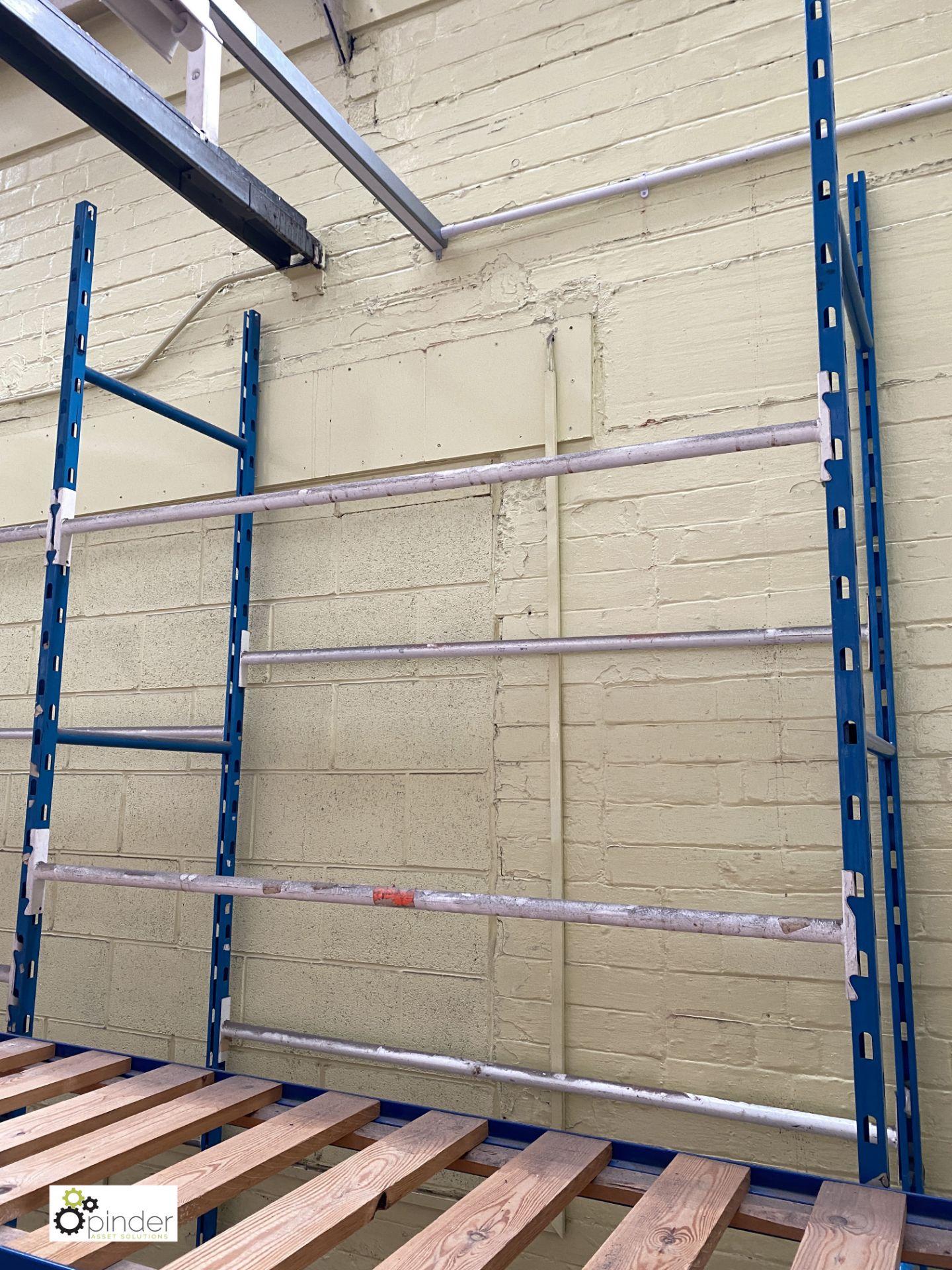 11 bays boltless Garment Hanging Racking, comprising 12 uprights 3050mm x 610mm, 55 tubular rails - Image 4 of 4