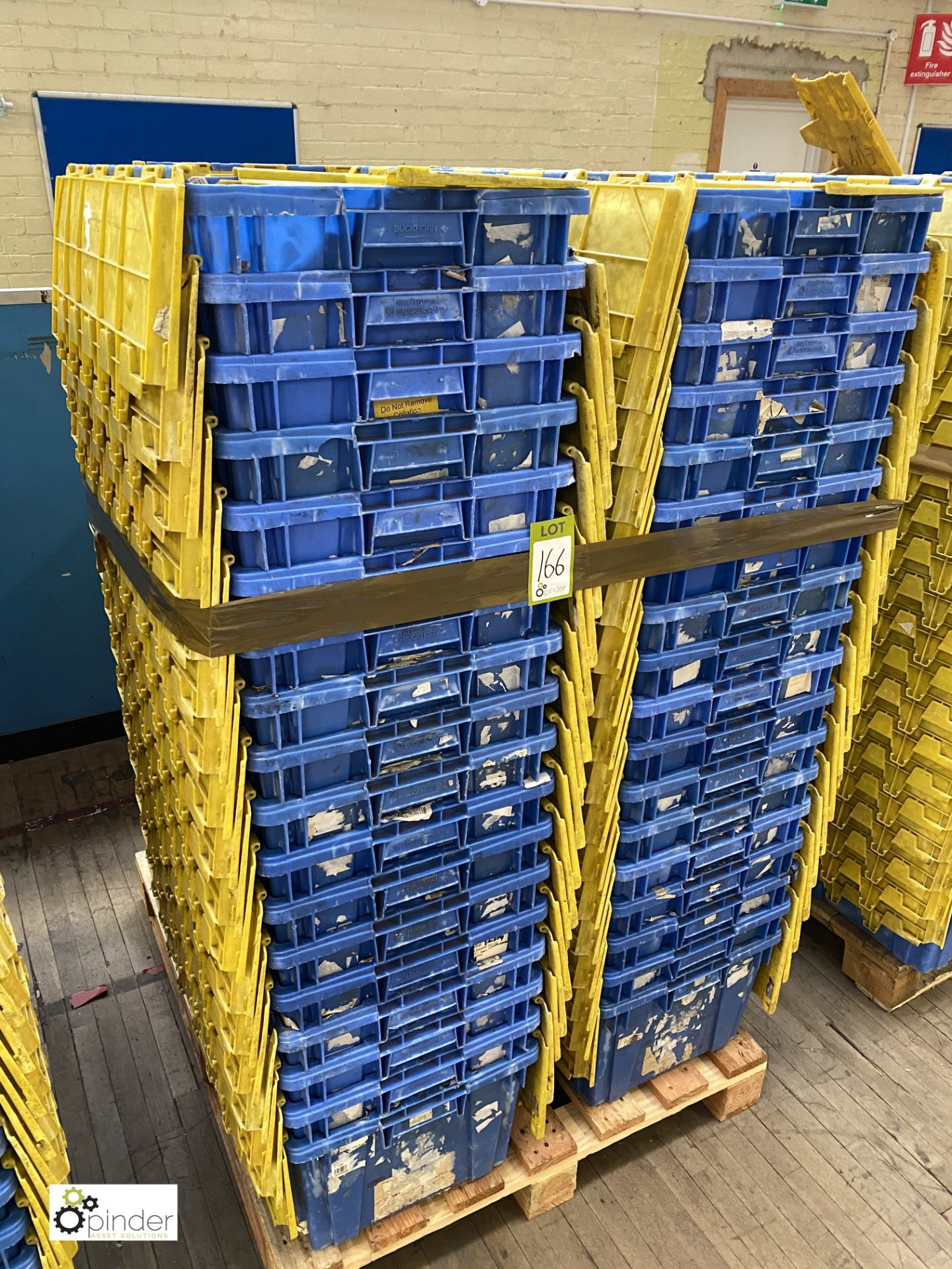 Approx. 54 Buckhorn stackable plastic Storage Containers, 640mm x 380mm x 300mm, with interlocking - Image 4 of 4
