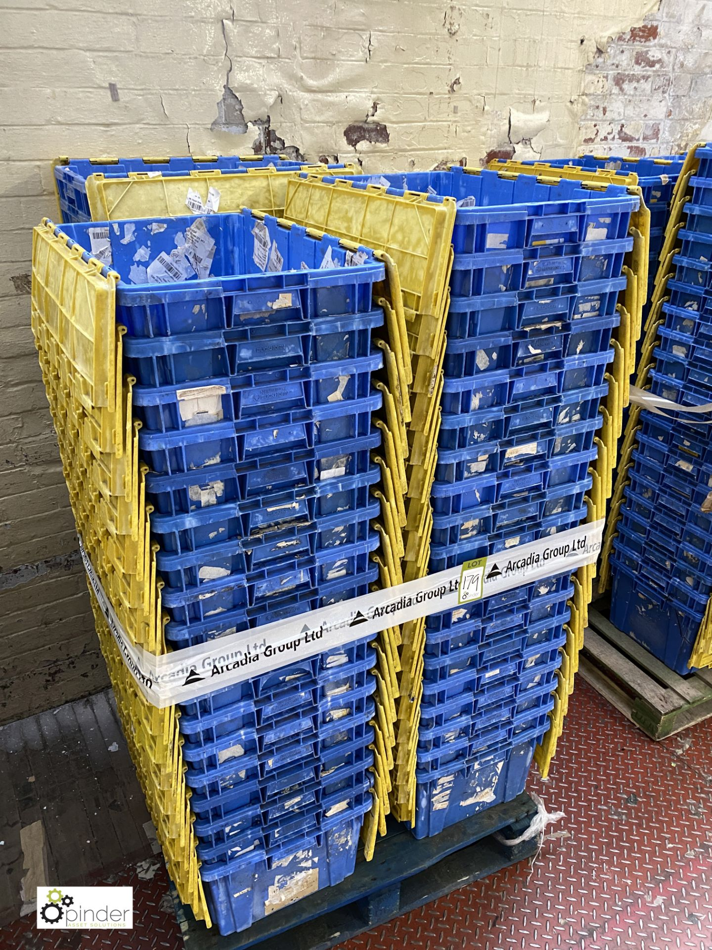 Approx. 55 Buckhorn stackable plastic Storage Containers, 640mm x 380mm x 300mm, with interlocking - Image 4 of 4