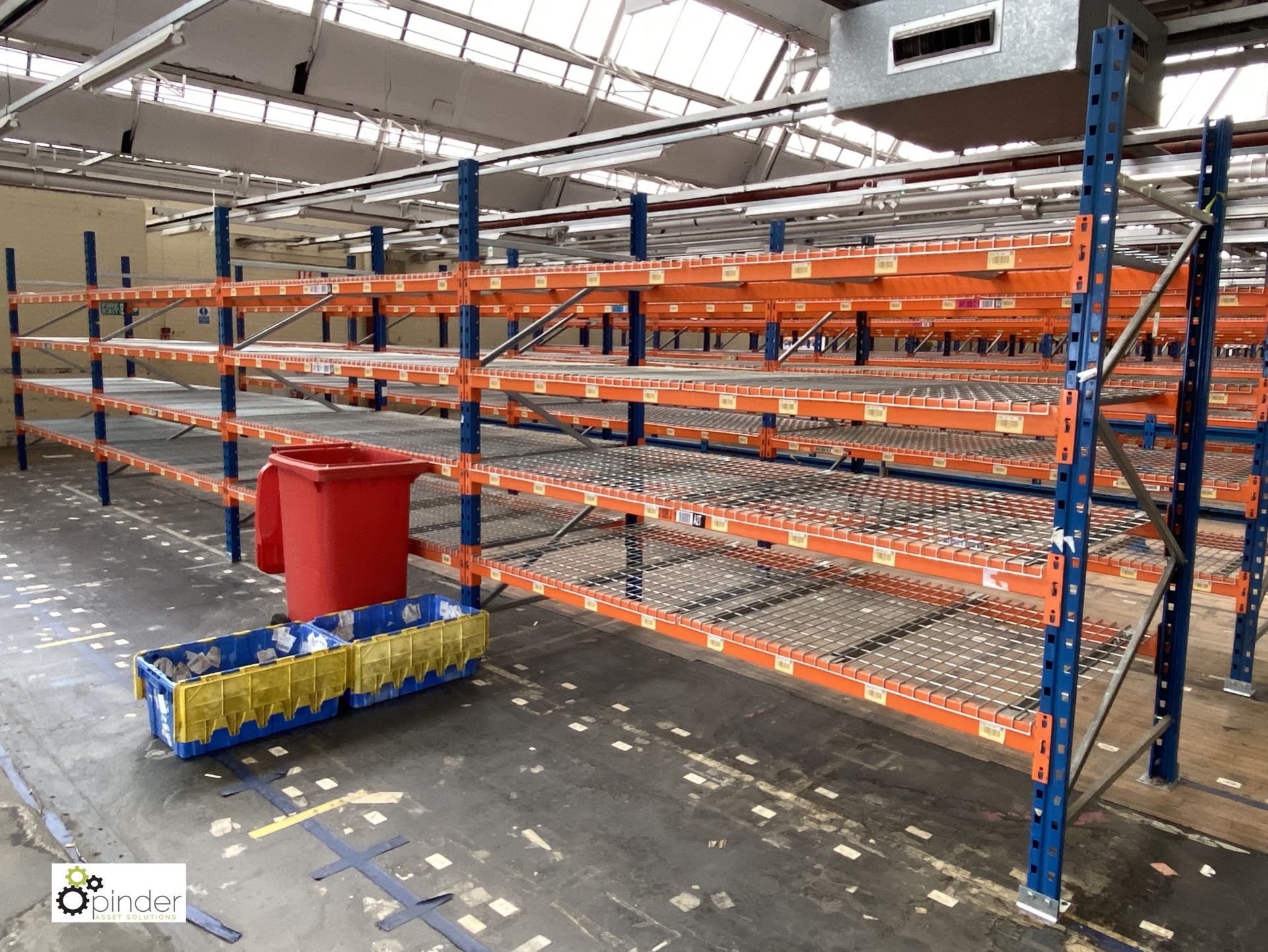 4 bays PSS 2K85 16 boltless Stock Racking, comprising 5 uprights 2400mm x 1200mm, 32 beams 2700mm,