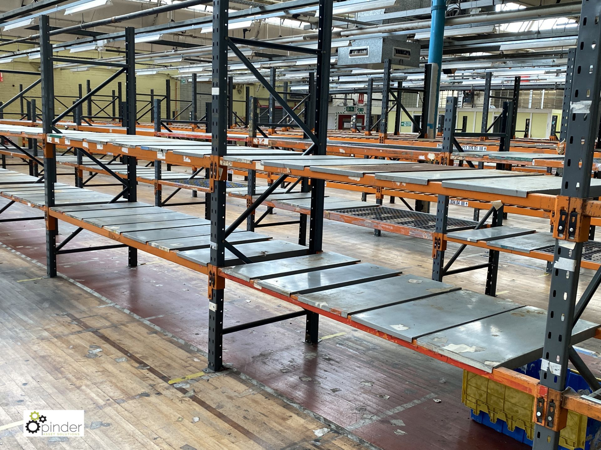 11 bays Dexion Speedlock boltless Racking, comprising 9 uprights 2440mm x 910mm, 3 uprights 1835mm x - Image 3 of 5