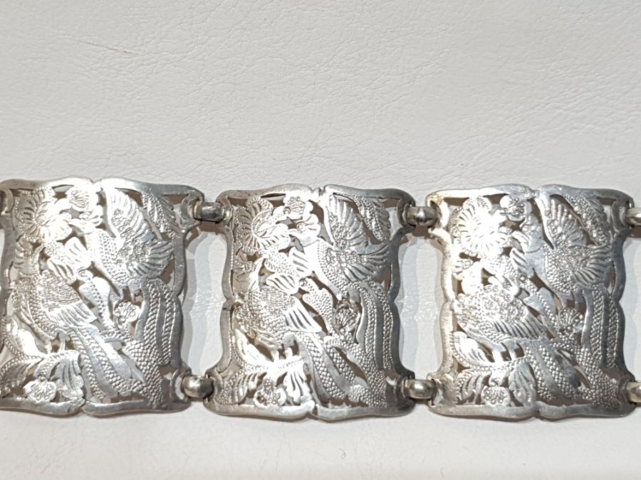 An Solid Silver Indonesian Engraved Belt - Image 6 of 8