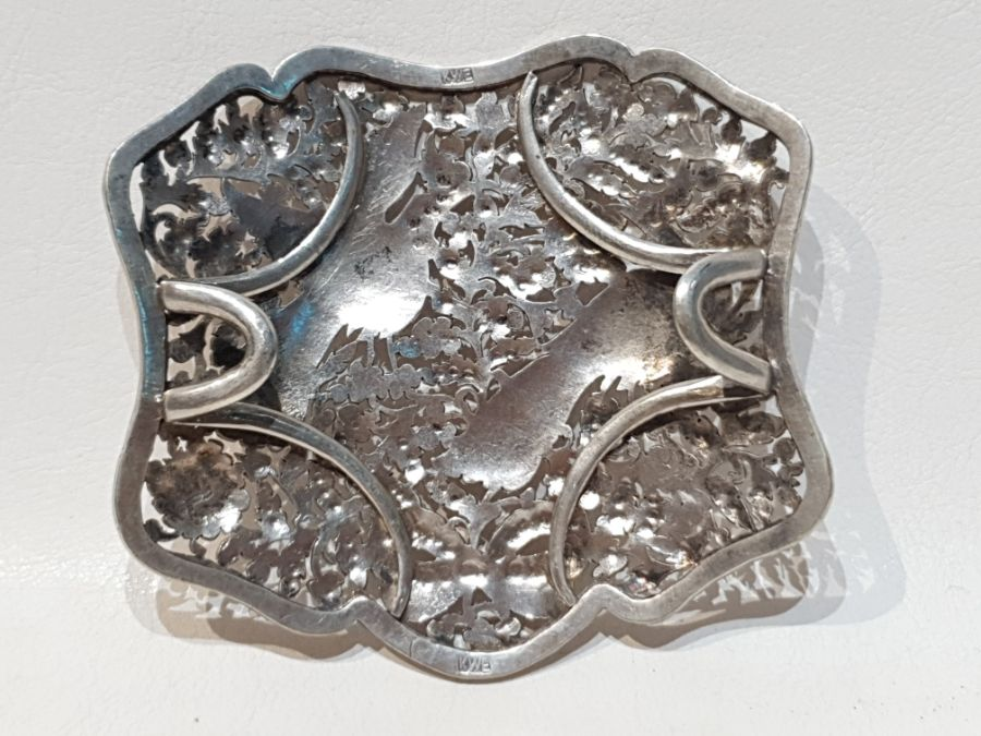 An Solid Silver Indonesian Engraved Belt - Image 3 of 8