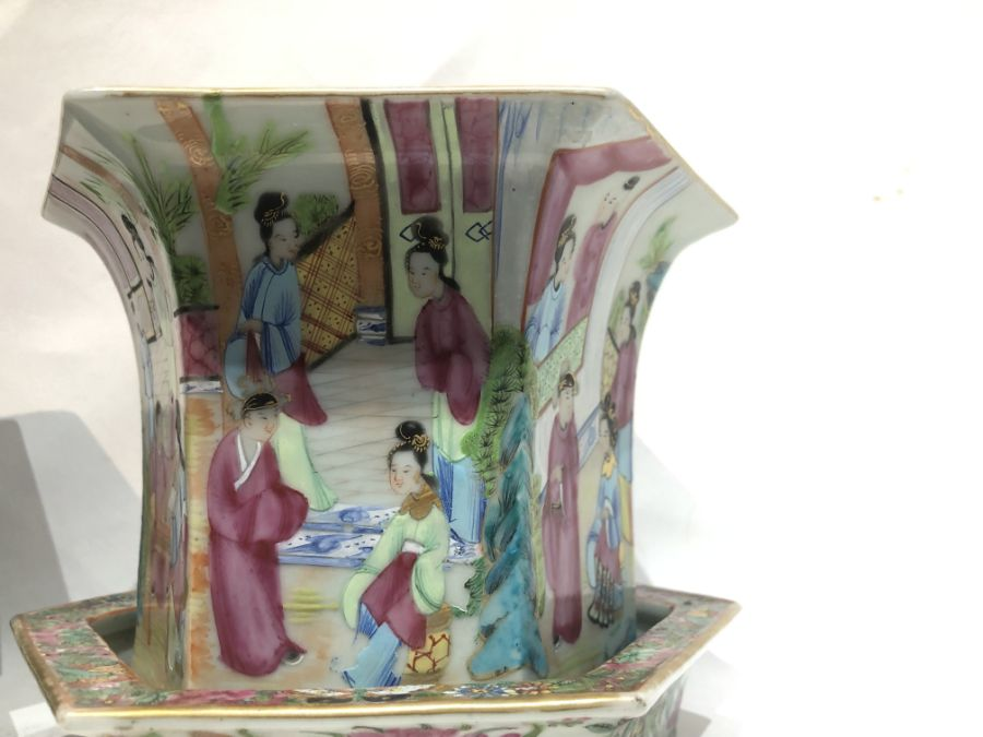 19th Century Pair Of Chinese Famille Rose Panelled Planters - Image 5 of 15