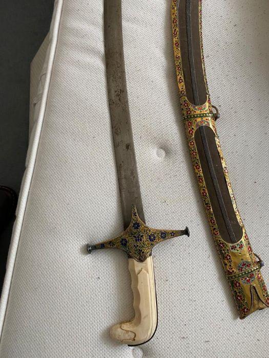 18TH CENTURY GOLD ENAMEL IVORY AND STEEL SHAMSHIR SWORD - Image 14 of 21