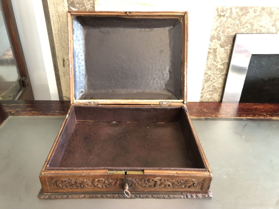 17th Century French Carved Chestnut Box - Image 9 of 9