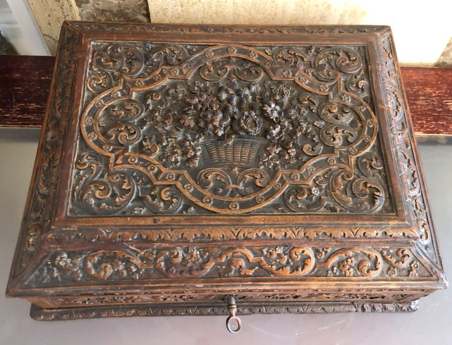 17th Century French Carved Chestnut Box - Image 3 of 9