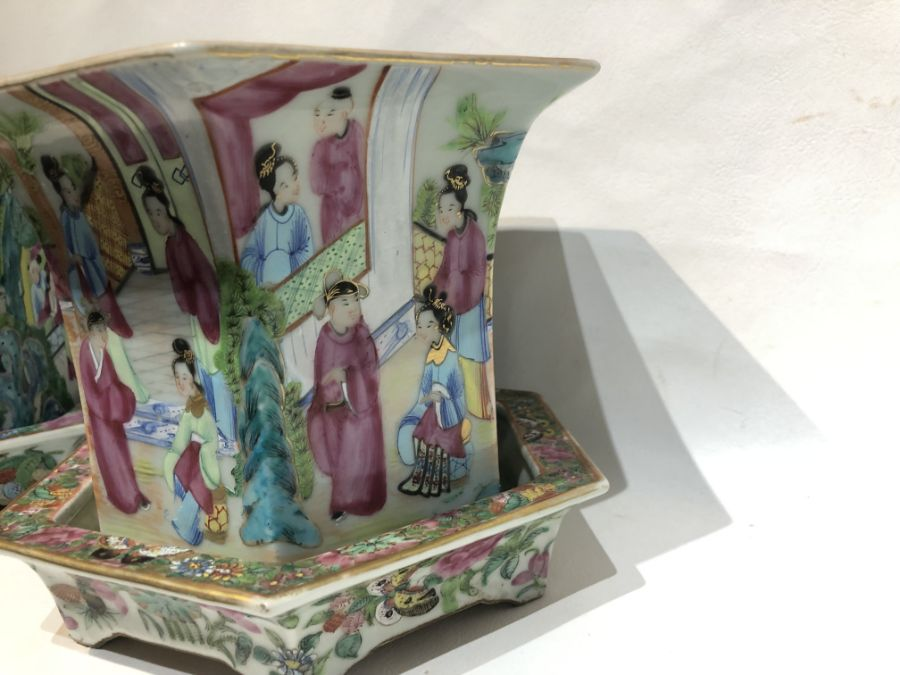 19th Century Pair Of Chinese Famille Rose Panelled Planters - Image 3 of 15