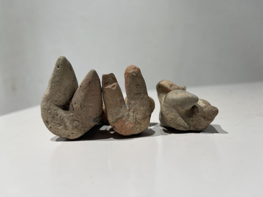 2nd millennium BC clay figurines of mother goddesses of ancient Near East - Image 3 of 9