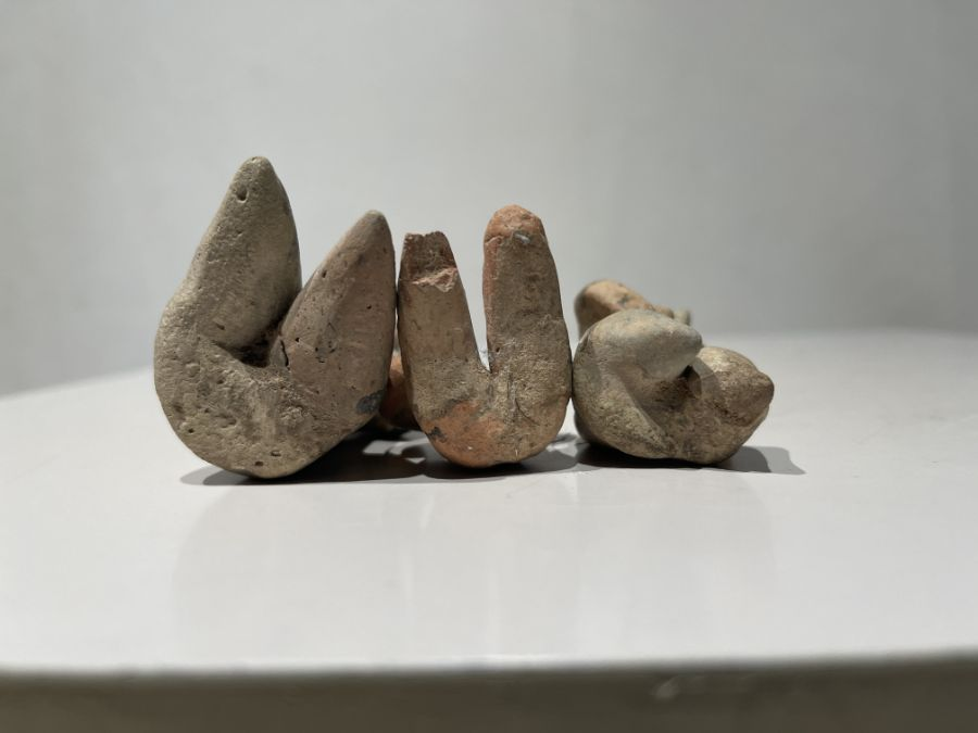 2nd millennium BC clay figurines of mother goddesses of ancient Near East - Image 2 of 9