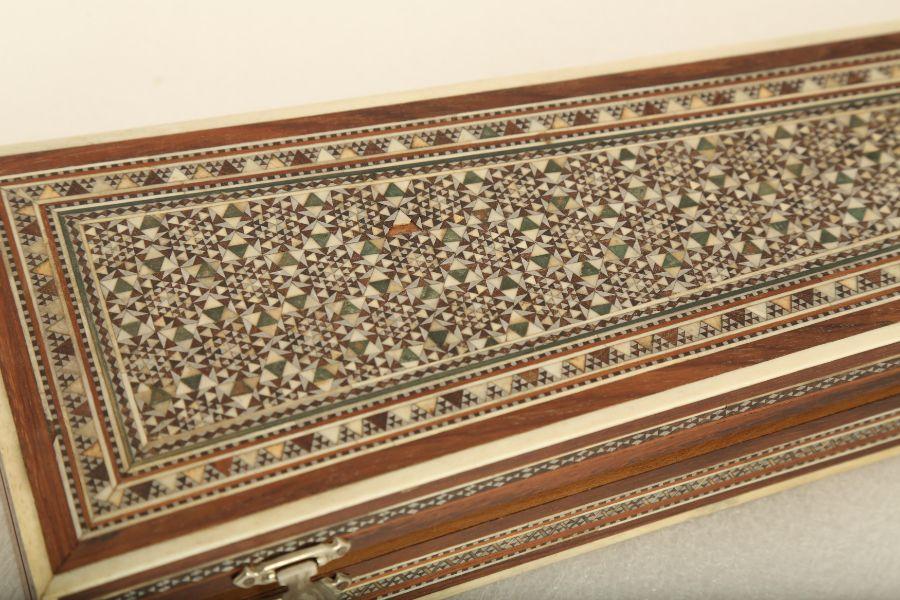 A KHATAMKARI MICRO MOASIC INLAY BOX - Image 2 of 4