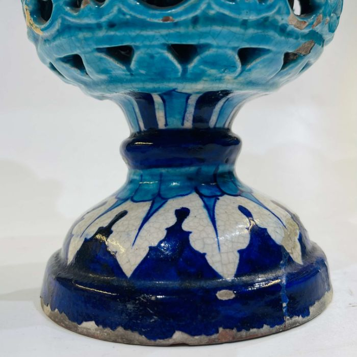 Multan Pottery Vase 19th Century Decorated In Shades Of Blue Iznik Style - Image 4 of 7