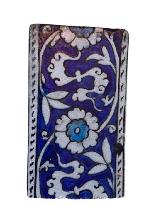 17th/18th Century Iznik Style Early Syrian Tile