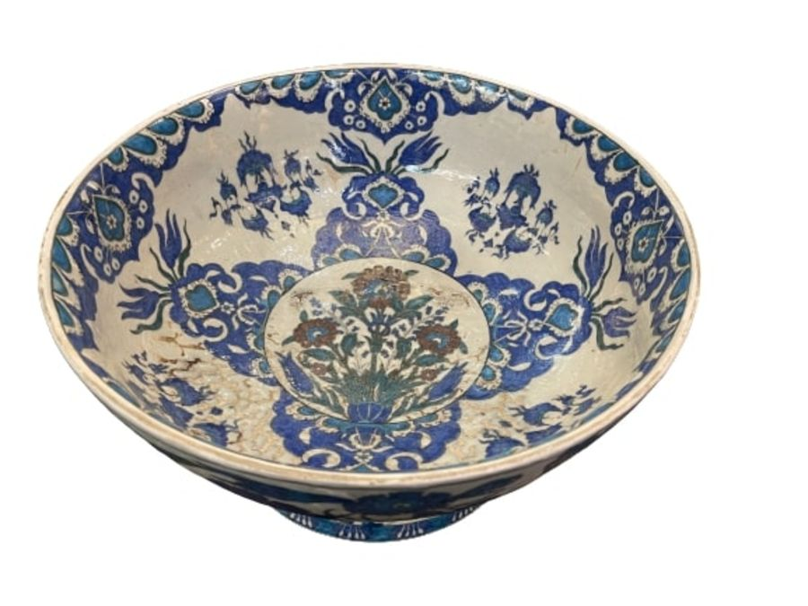 A LARGE CANTAGALLI IZNIK-STYLE POTTERY FOOTED BOWL, ITALY, 19TH CENTURY - Image 14 of 14