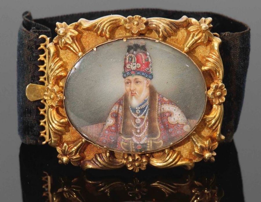 19th Century Indian Mughal Hand Painted Portrait Bracelet Of Akbar II - Image 3 of 4