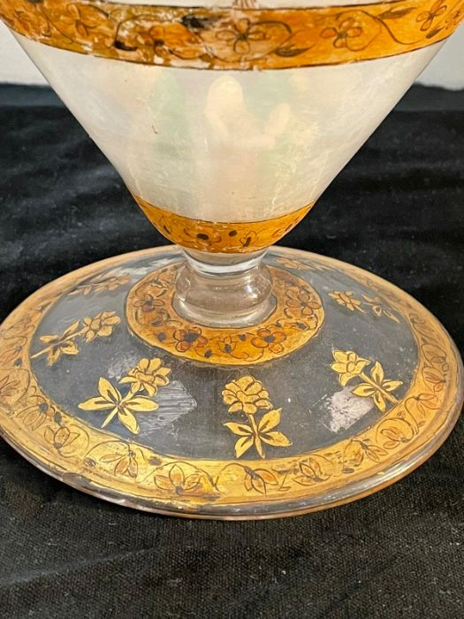 18th century Mughal glass with gold inlaid paintings and Flowers motives all pieces intact - Image 2 of 3