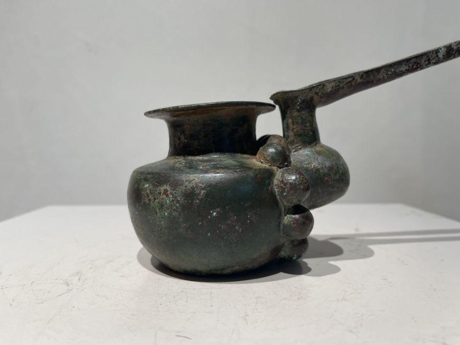 Elamite period ceremonial pouring copper pot 1st millennium BC - Image 8 of 12