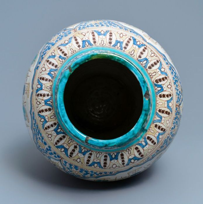 Large Moroccan Vase - Image 4 of 5