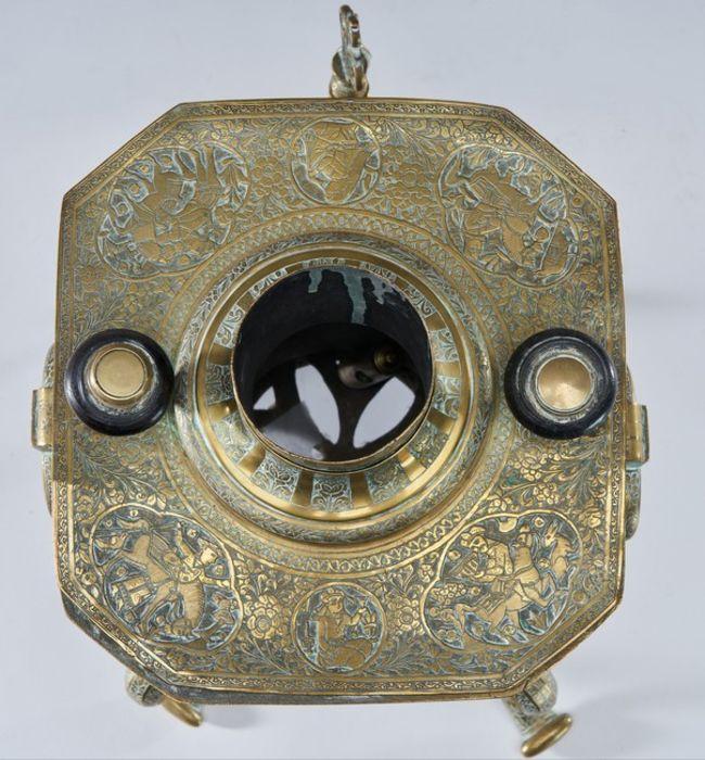 Qajar Tea Fountain Brass cut sides - Image 6 of 6