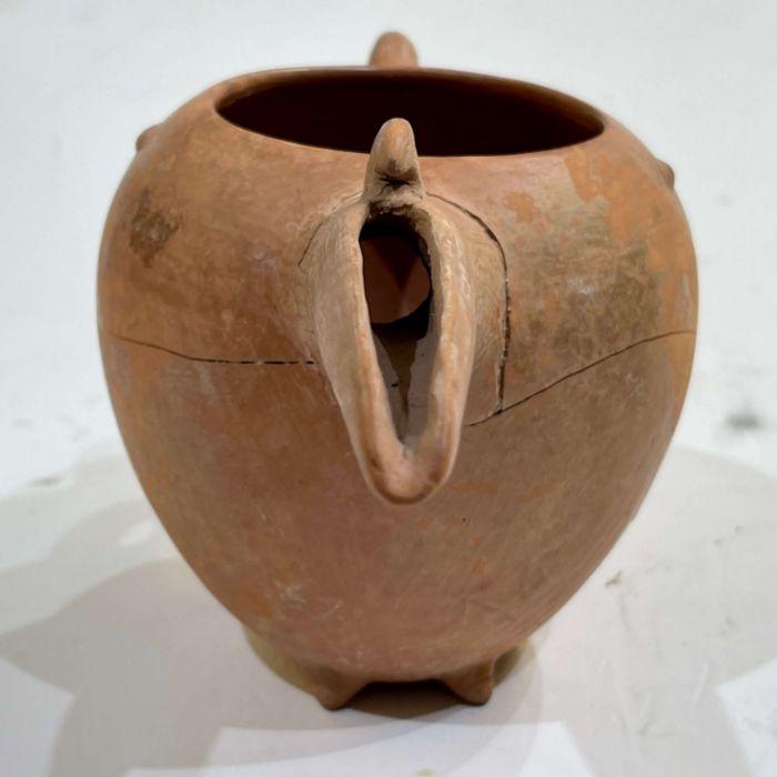 Amlash period red clay beaker circa 1st millennium BC - Image 7 of 7