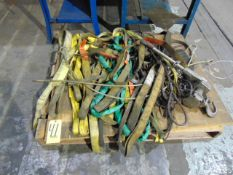 LOT OF STRAPS, assorted (on one pallet)