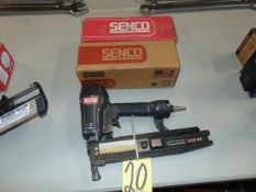 PNEUMATIC STAPLE GUN, SENCO MDL. SNS41