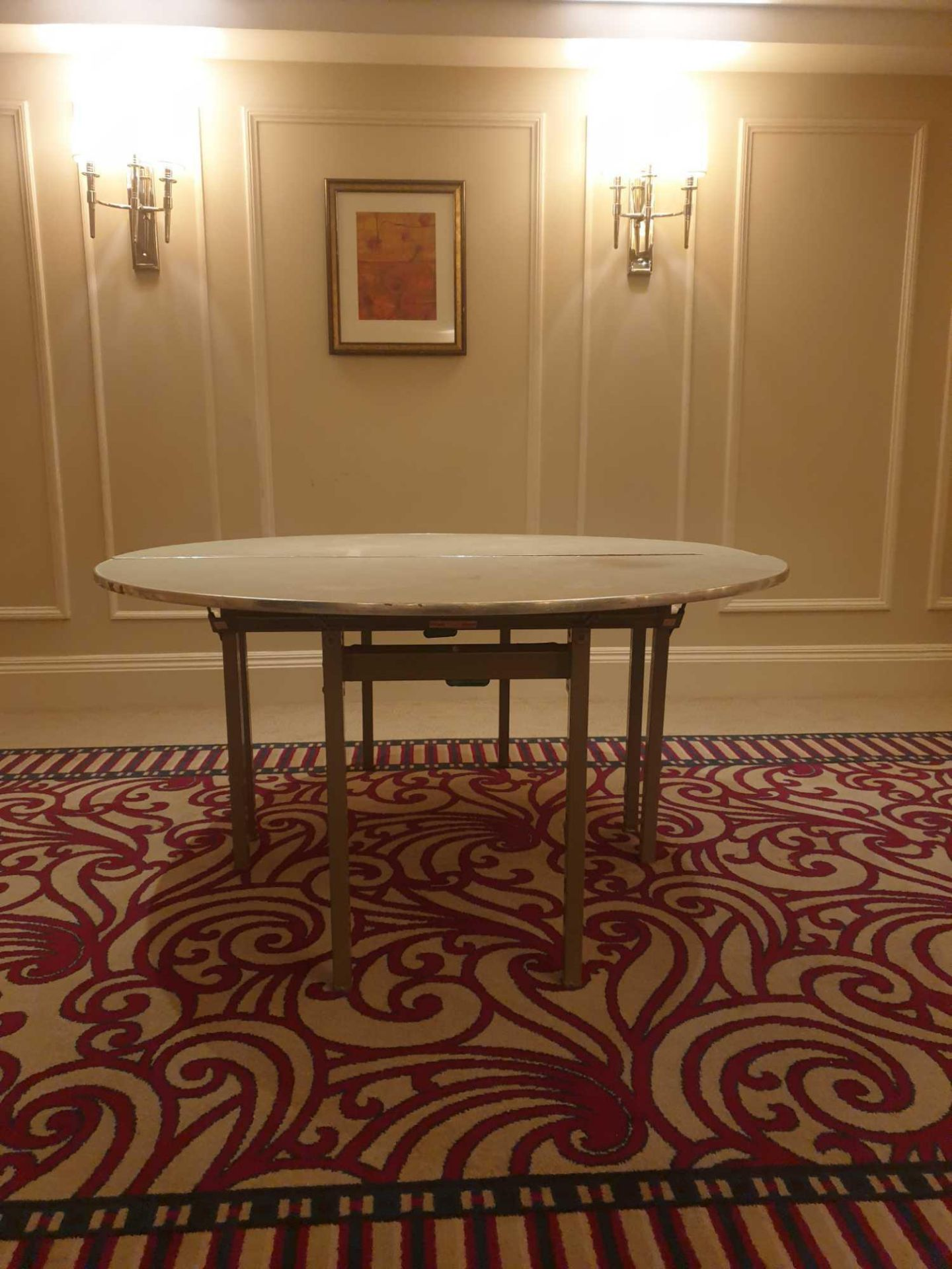 5x Burgess 5ft Folding Flock Padded Round Banquet Table (Two Halves) 153x 153x 72cm ( Loc Mount - Image 2 of 2