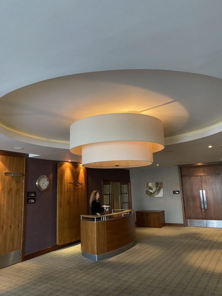 Contents Of A 4 Silver Star 2 AA Rosette Luxury Hotel Striking Vibrant Interior and Luxurious Furniture on Offer - Public Area & Bedrooms
