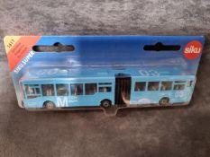 SIKU #1617 Man Articulated Bus Blue No 3 Flughafen Munchen 1/87 Scale