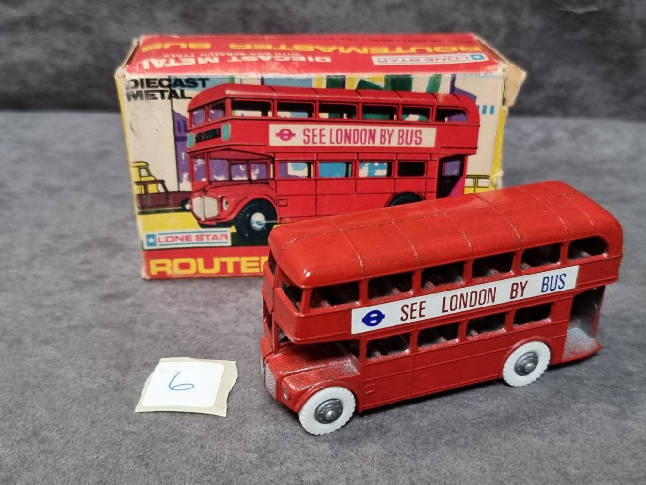 Diecast Model Auction Vintage Toys Prestige Marques Dinky, Matchbox, Solido, Spot-On and Lots More