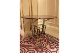 5 x Room Service mobile Tables 92x 108x 78cm