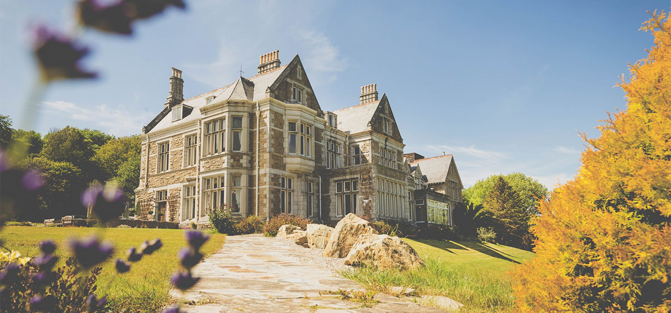 Entire Contents of Treloyhan Manor Hotel  Carbis Bay Cornwall - Guest Rooms, Public Spaces, Restaurant Kitchens and Bar