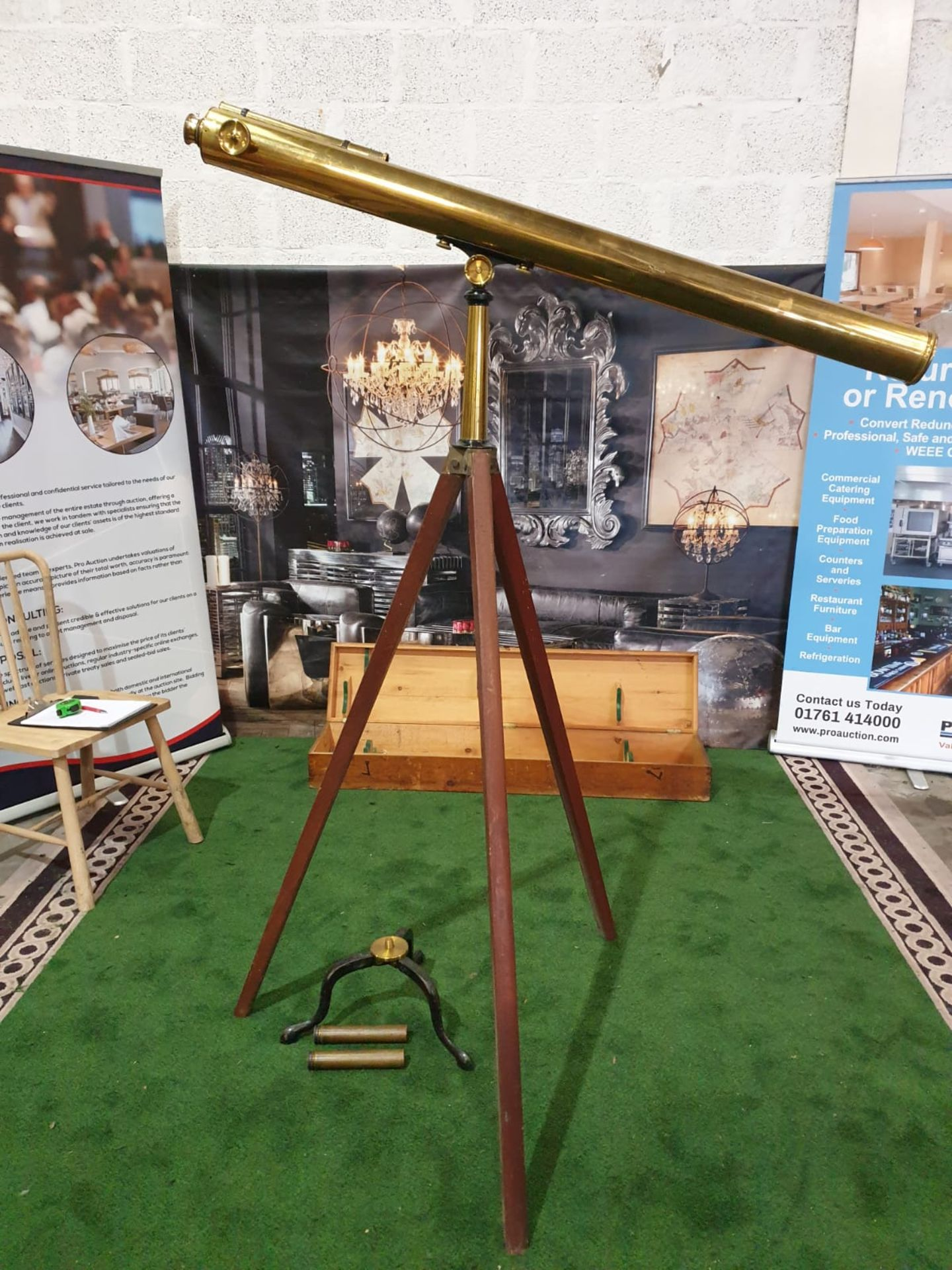 Lacquered brass and lens glass refractive single draw library telescope with star finder attachment,