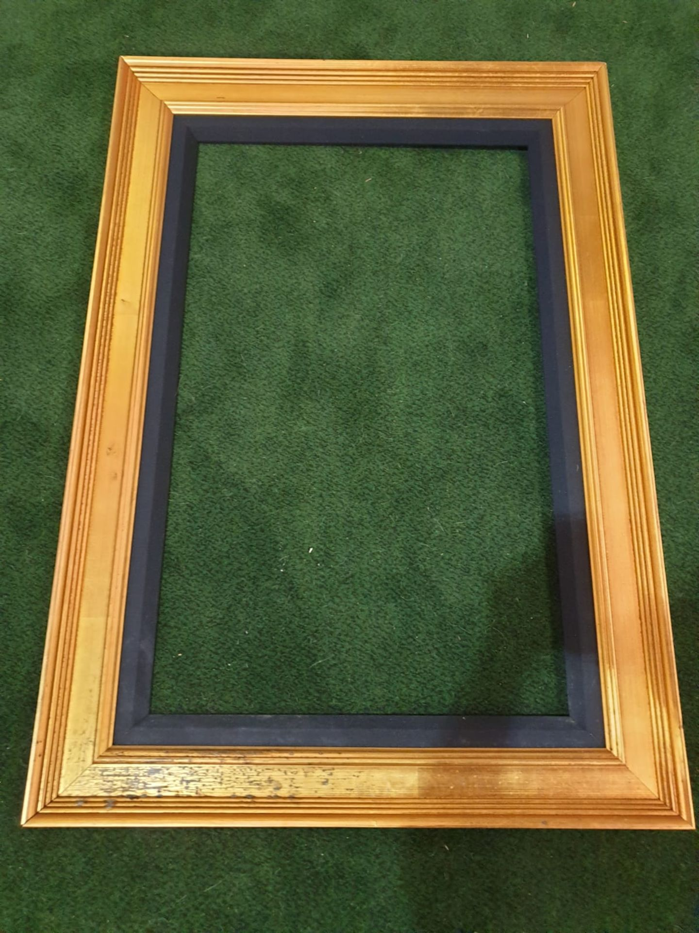 Gilt picture frame 80 x 116cm - Image 2 of 3