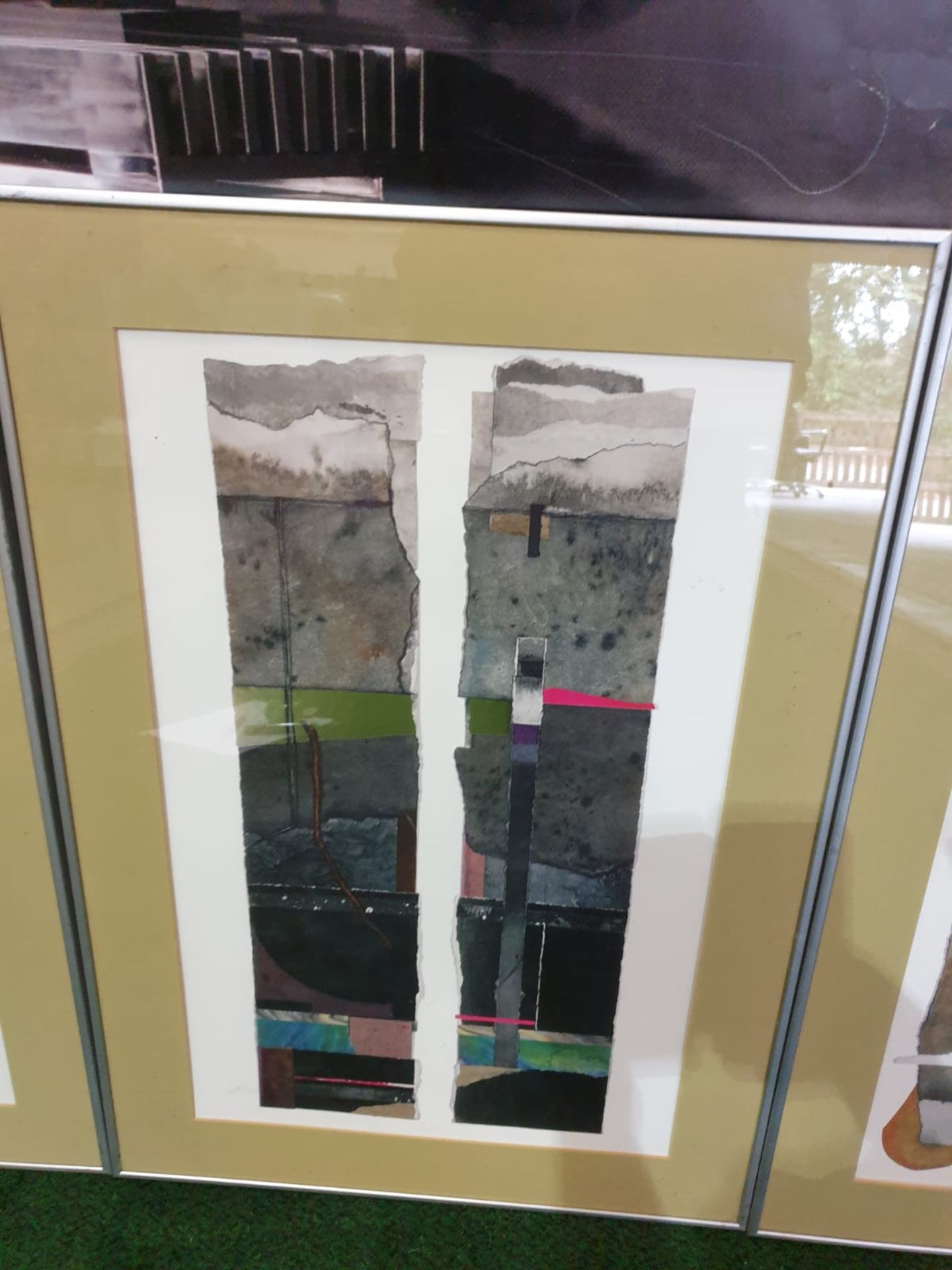 A set of 3 framed Abstract prints in modern Silver frames 49 x 70cm - Image 2 of 3
